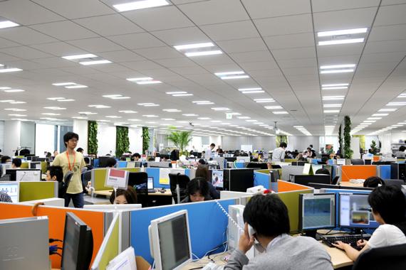 ゲーム会社 オフィス
