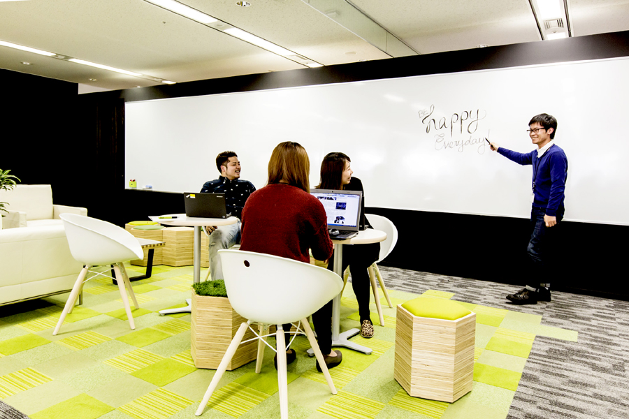 dentsu global network の日本拠点として世界最大級のサービスを創出。</p>